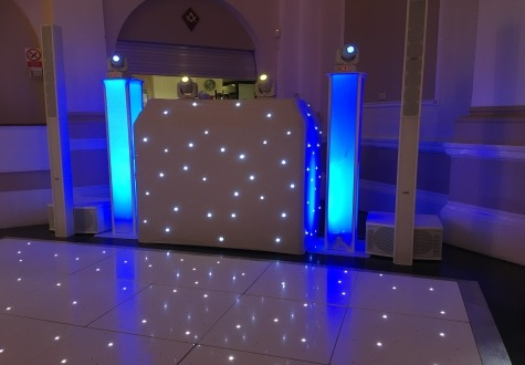 White Premium Wedding DJ Middlesbrough